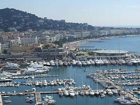 280px-Cannes_-_port_et_croisette